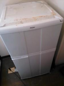 冷蔵庫処分 東京都 杉並区 堀ノ内 冷蔵庫回収 不用品処分 不用品回収 不要品処分 不要品回収 廃品回収 単身引越し 単身引っ越し 一人暮らし引越し リサイクル引越し