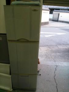 冷蔵庫処分 東京都 世田谷区 船橋 冷蔵庫回収 不用品処分 不用品回収 不要品処分 不要品回収 廃品回収 単身引っ越し 一人暮らし引越し リサイクル引越し