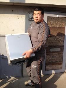 冷蔵庫処分 東京都 中野区 江古田 冷蔵庫回収 不要品処分 不要品回収 不用品回収 不用品処分 廃品回収 一人暮らし引越し 引っ越し単身 リサイクル引越し 家電回収 家電処分