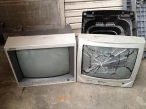 ブラウン管テレビ処分 埼玉県 越谷市 蒲生茜町 ブラウン管テレビ回収 不用品処分 不用品回収 不要品処分 不要品回収 廃品回収 単身引っ越し 一人暮らし引越し リサイクル引越し