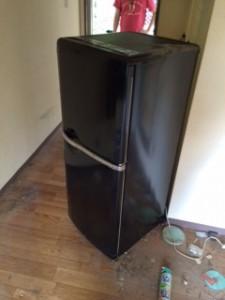 世田谷区で冷蔵庫の回収をしました。